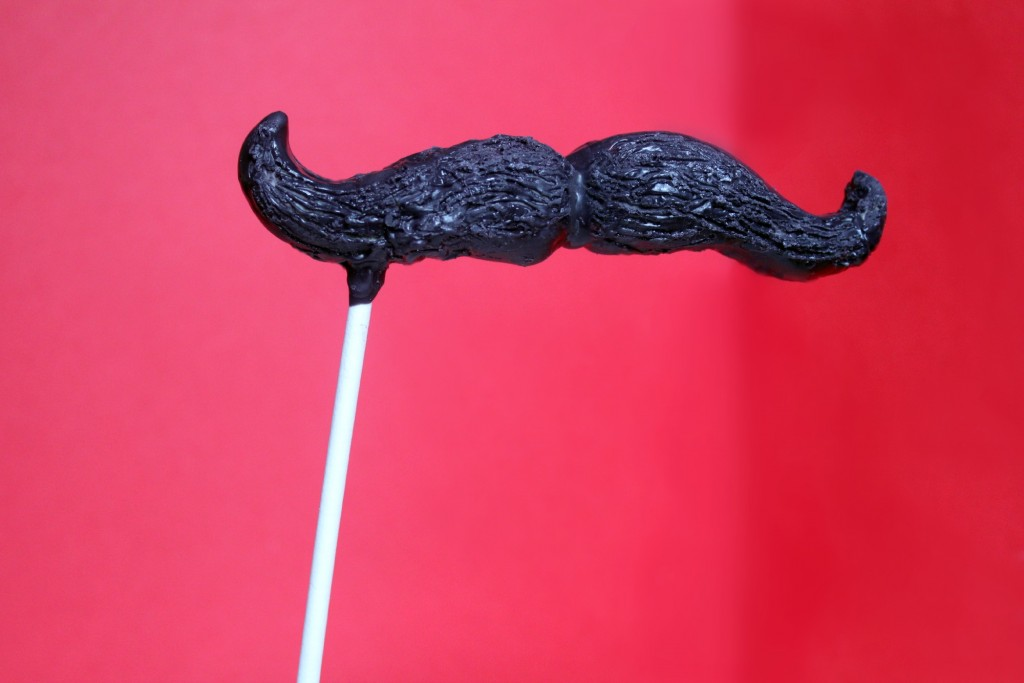 Mustache Cake Pop 