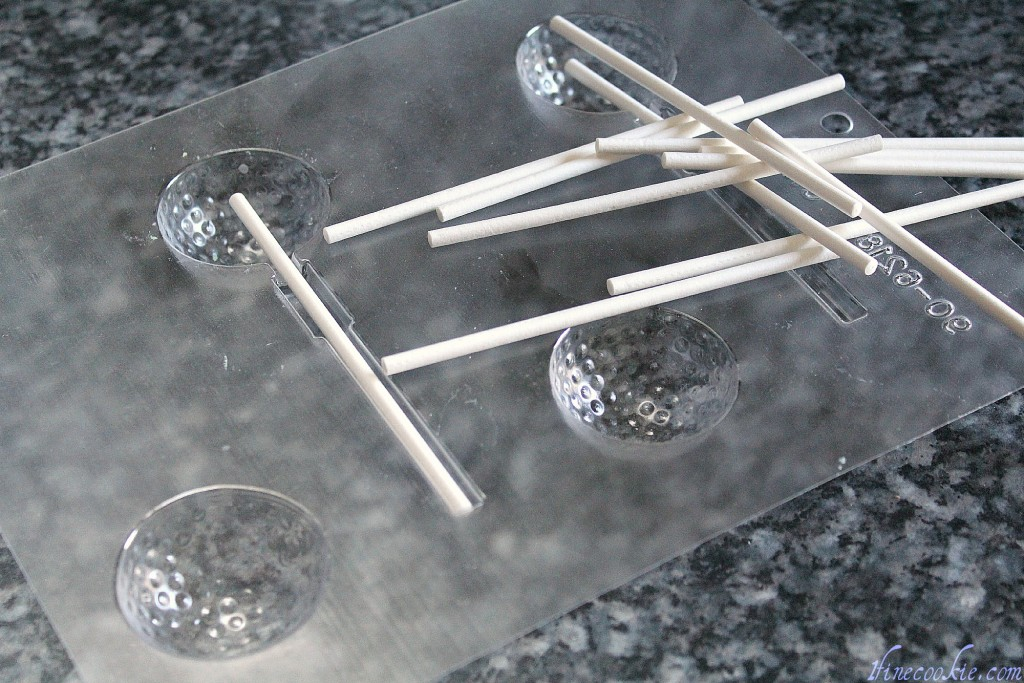 Golf ball lollipop molds and lollipop sticks, golf ball cakes pops,