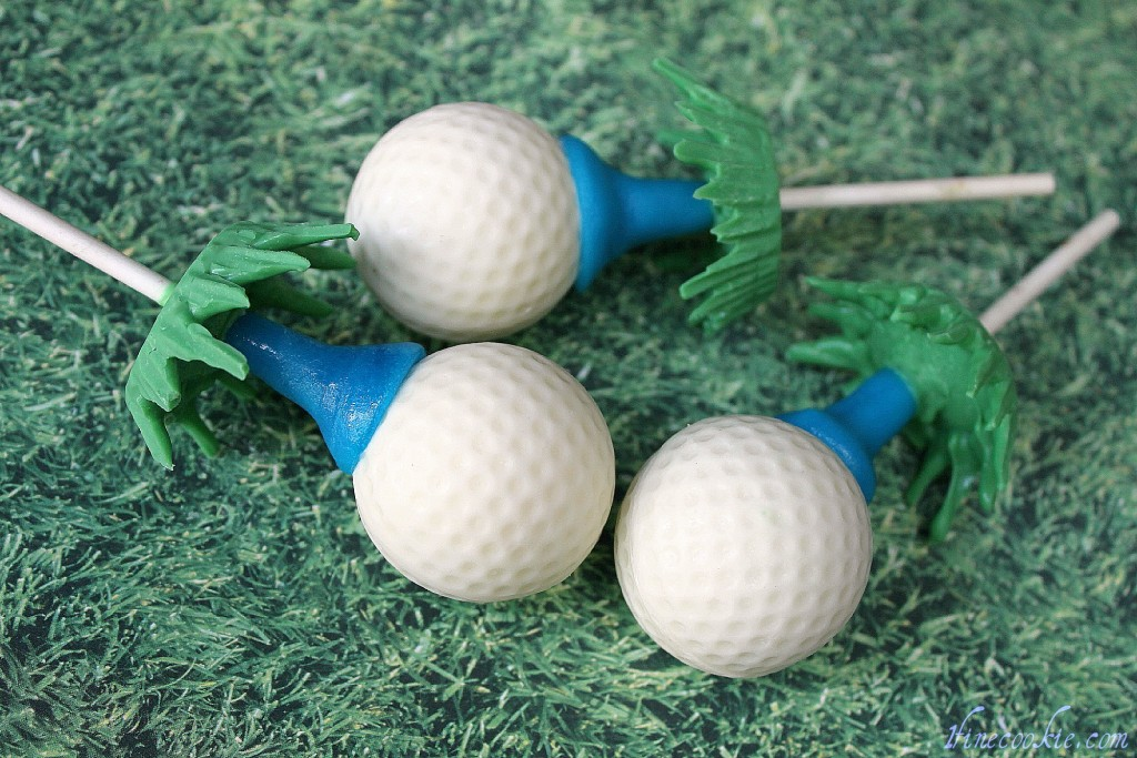 Golf ball cake pops 1 strawberry stuffed cupcakes father's day, golf ball cakes pops,