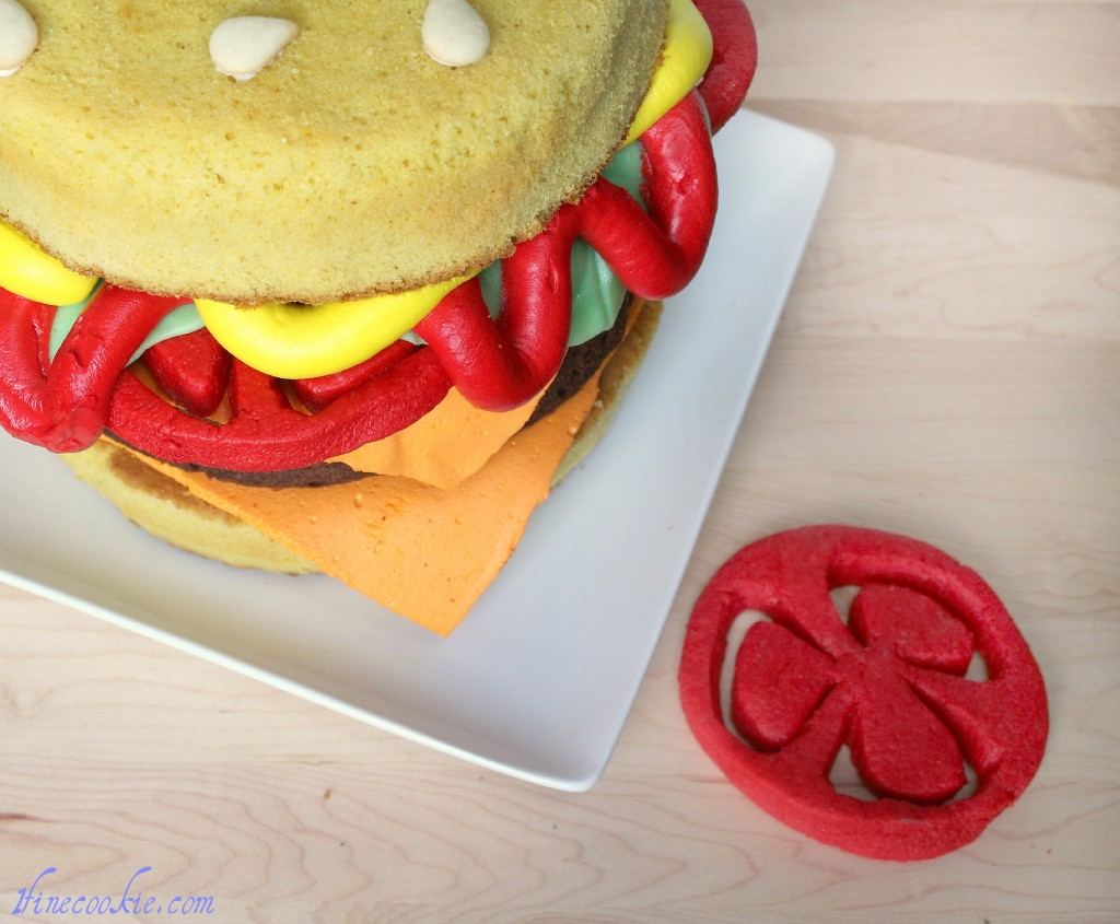 Chesseburger Cake 3 hamburger