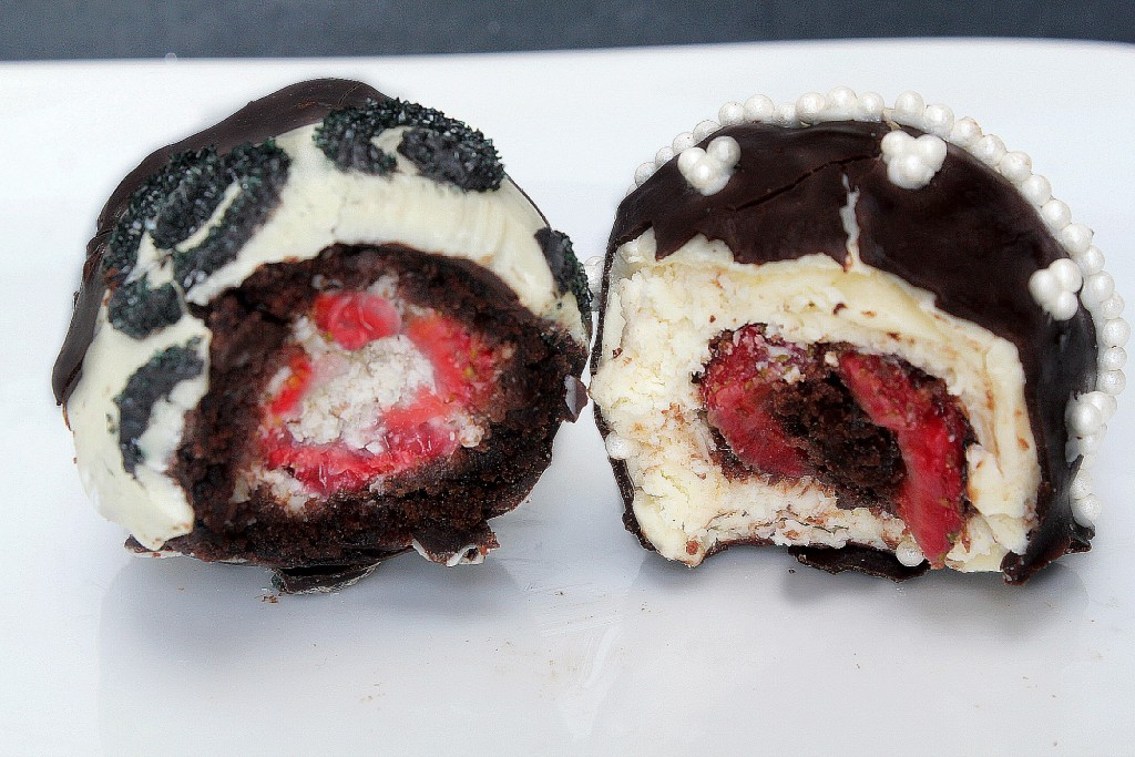 brownie and cheesecake stuffed strawberries