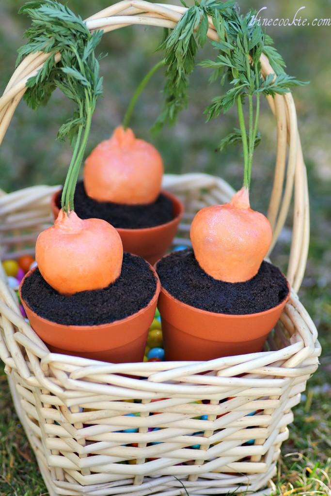 carrot cake strawberries, garden, cupcakes, soil, pot of dirt, silicone flower pot, cupcake, liner, cupcake filled strawberries, chocolate cake filled strawberries, cheesecake stuffed strawberries, carrot strawberries, easter dessert, april fools day, food, party, idea, chocolate, dipped, covered, cupcake filled, cake filled, cake stuffed, smore, chocoalte ganache, brownie, fudge,
