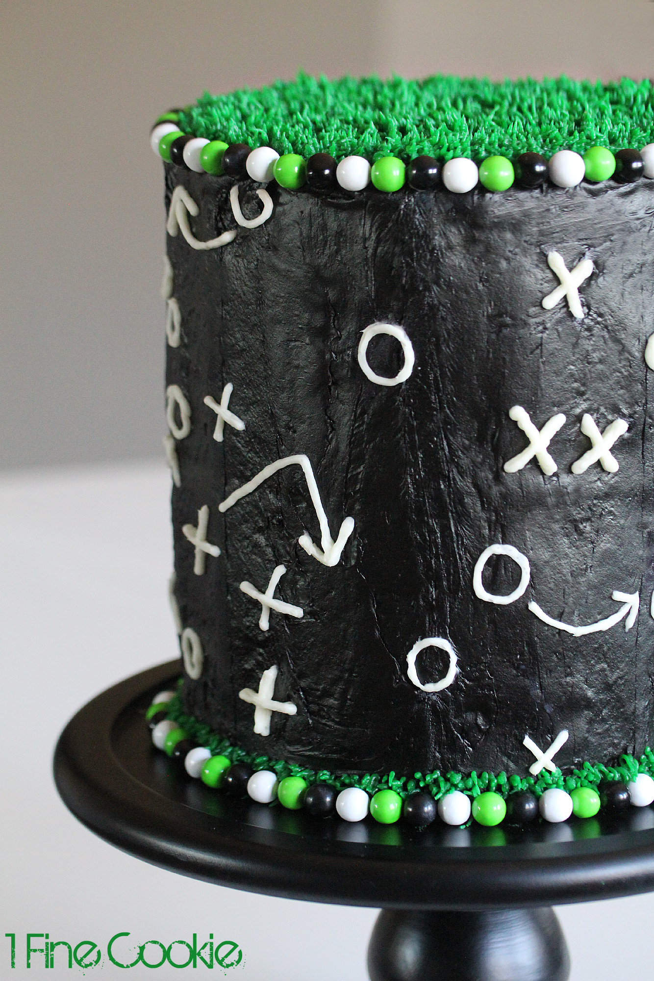 Cake Decorating Football Field : Football Cake Icing Photos Male Models Picture