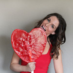 Giant Heart Lollipop Sucker by 1 Fine Cookie, giant, large, xl, lollipop, cherry, red, sucker, candy, candy, mold, powdered, sugar, confectioner's, make, how to, diy, hack, pimp, candy, heart, shaped, lollies, lolly, unique, valentine's, birthday, gift, present, red, valentine, wedding, engagement, homemade, home, sugar, boil, candy, thermomet