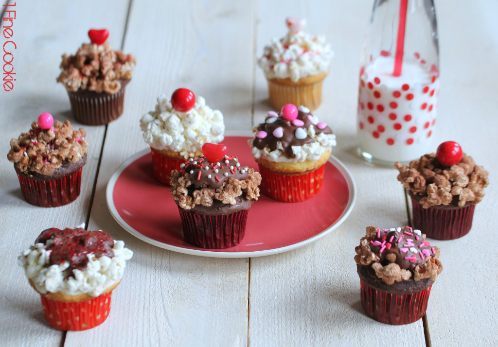 Popcorn Pink and Red cupcakes by 1 Fine Cookie